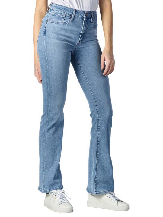 Levi's 725 High Rise Jeans Bootcut Fit